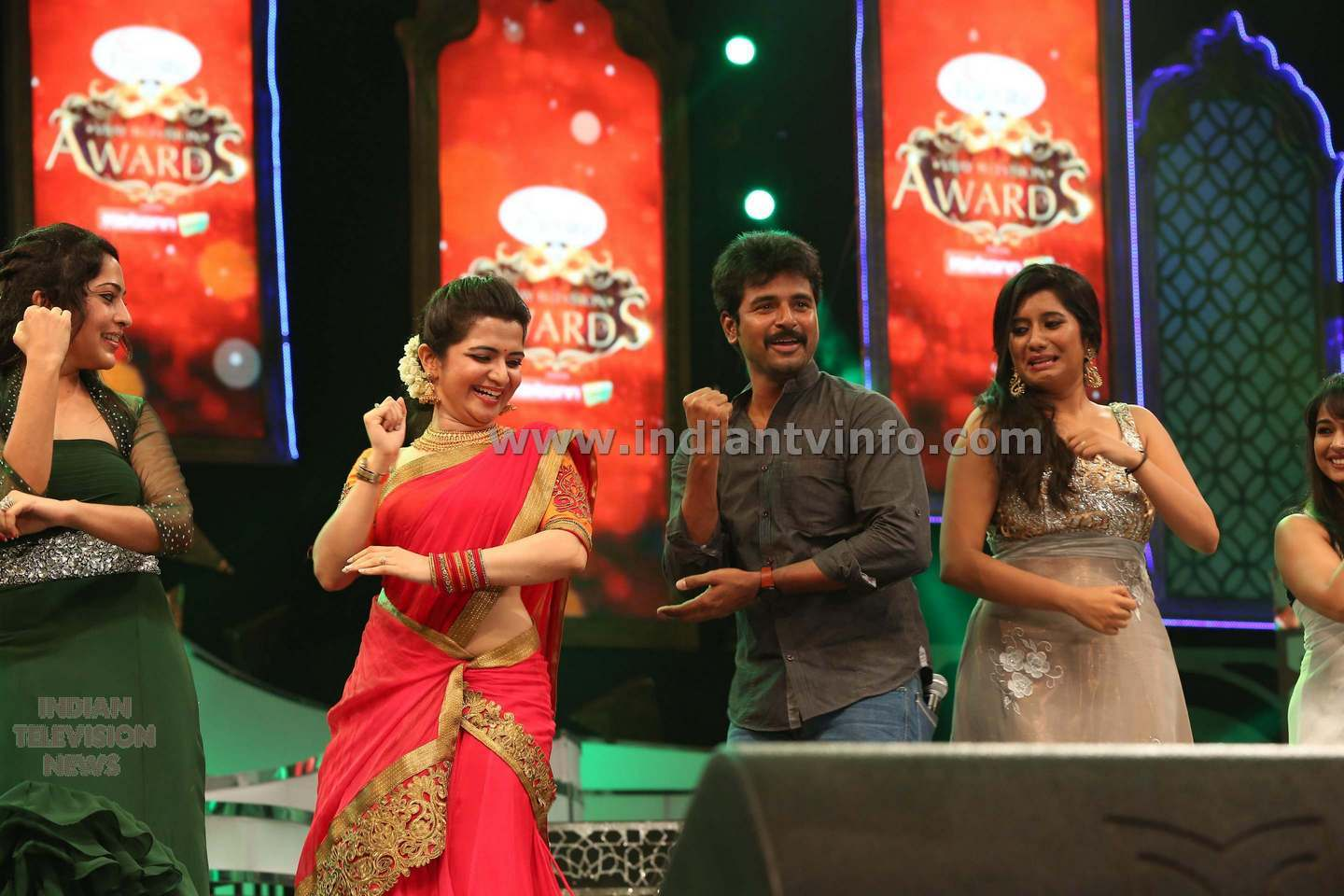 Vijay tv awards for Url tv 2014
