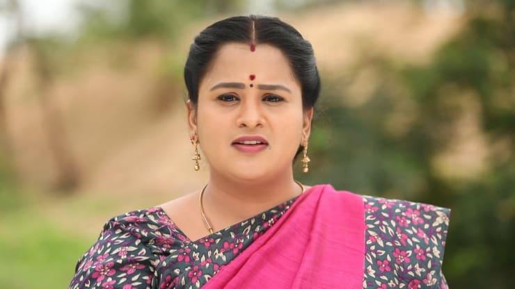 Ashwini Radhakrishna, Zee tamil Serial Oru Oorla Oru