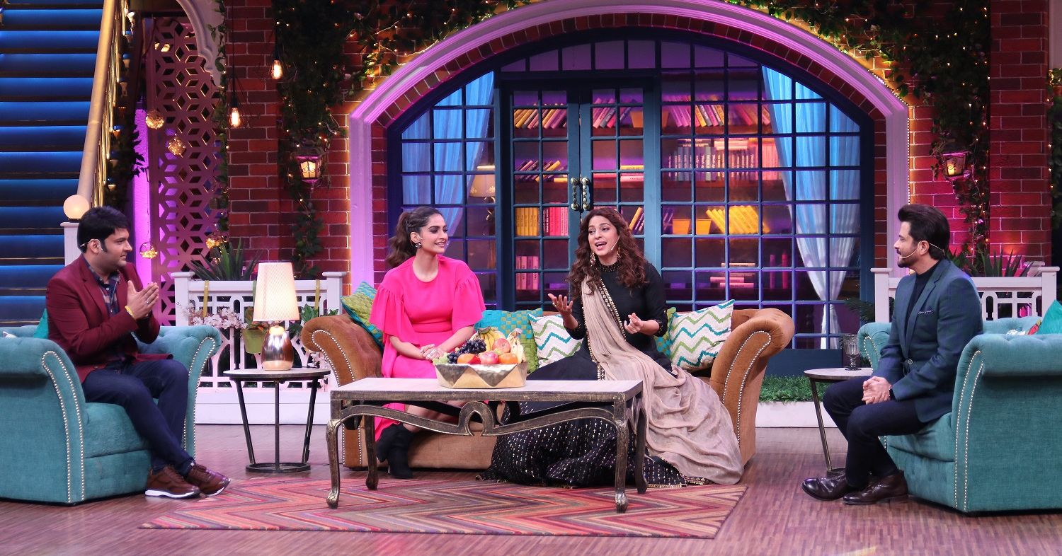 The Kapil Sharma Show Season 2 – Anil Kapoor apologizes to Sonam Kapoor