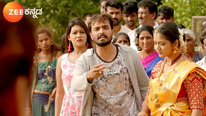 Soorya and Hiranmayi Mahadevi Anika From Kamali